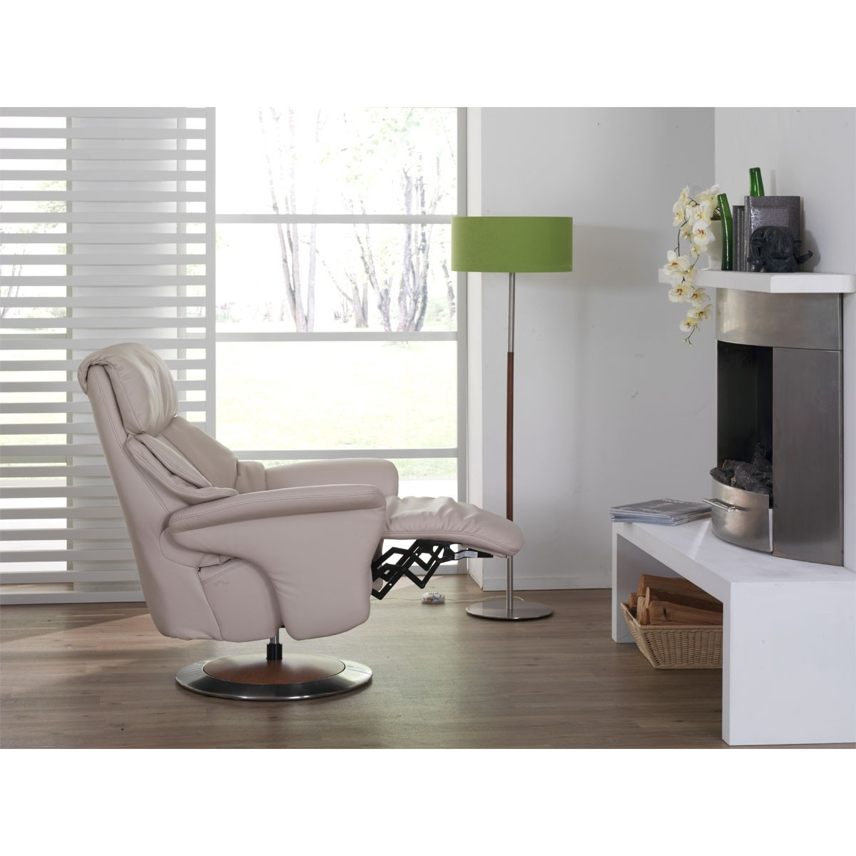k b l nestol himolla easy swing 7322 med indbygget skammel prismatch. Black Bedroom Furniture Sets. Home Design Ideas