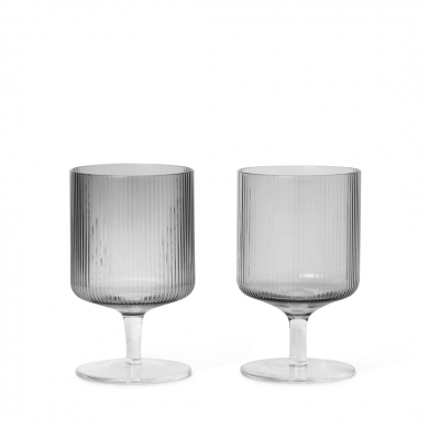 Ferm Living | Ripple Wine Glasses - Set of 2 | Bolighuset Werenberg