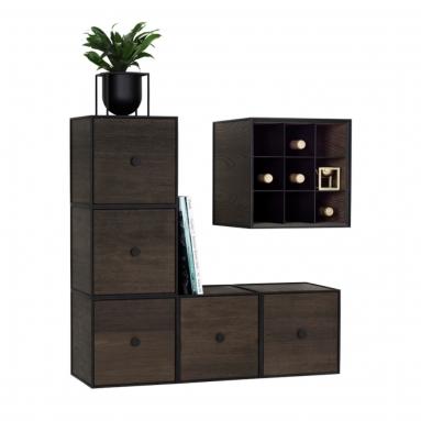 By Lassen | Frame system m/ vinhylder – By Lassen | Farver – Mørk grå
